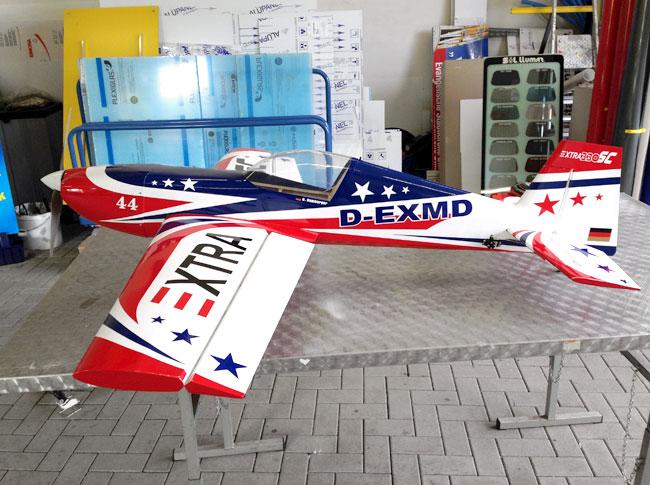 Teilfolierung Modellbau-Flugzeug